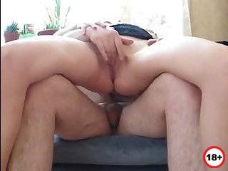 Жена решила изменить мужу снявшись в порно