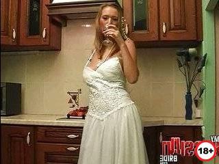 Русские голые невесты измены