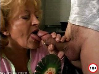 Молодая бабушка изменяет своему мужу с внуком