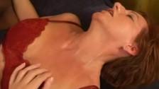 Порно ви део со зрелыми женщинами измена