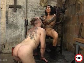 Наказал сучку за измену порно
