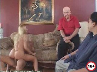 Жена изменяет меня другому мужчиной кино порно
