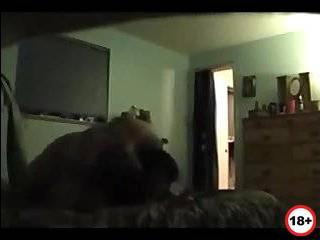 Жена изменила мужу скрытой камерой порно