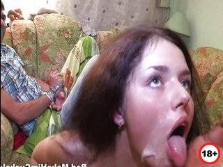 Порно видео отомстила парню за измену при нем