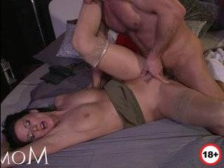 Застать врасплох жену в измене мужу порно