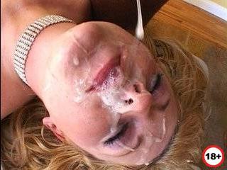 Жена пришла домой отраханная вся в сперме от любовника где ее трахали мужики муж узнал об измене и сам ей разрешил трахаться эротические р