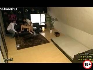 Смотреть полнометражный фильм как жена изменяет мужу в группавухе а муж смотрит
