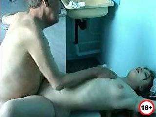 Бабушку изменит дедушк секс