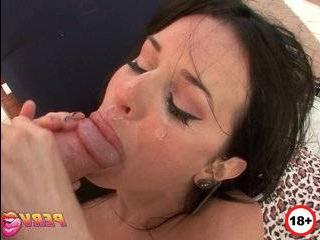 Смотреть порно бесплатно veronica avluv изменила мужу с его другом на кухне